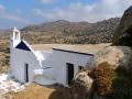 Malý kostol medzi balvanmi