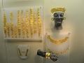 Delfy - zlaté ozdoby na chryselephantine, teda soche zo slonoviny a zlata