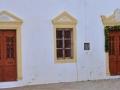 budovy samotného kostola v Milopotamose - K starým mlynom