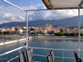 Neapoli Voion, pohľad z trajektu