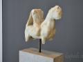 Pella, socha jazdca z mramoru