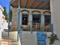 Pyrgos, Tinos - kaviareň nad námestím