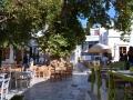 Pyrgos, Tinos - námestie so starým platanom