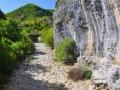 Zagori - suché koryto riečky pod kamenným mostom Lazaridi - Kontodimou