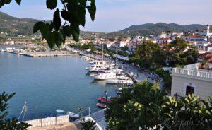 Skopelos - mesto