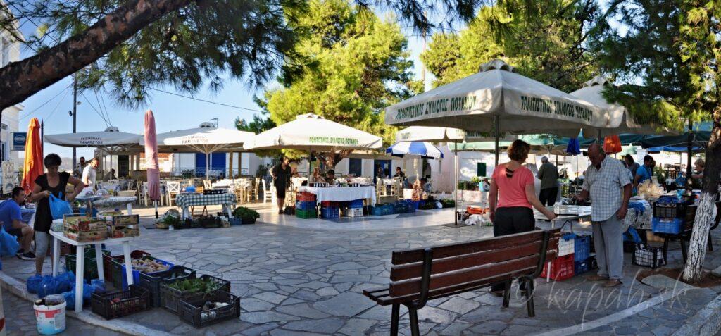 Kythira - o ostrove, nedeľný trh v Potamose