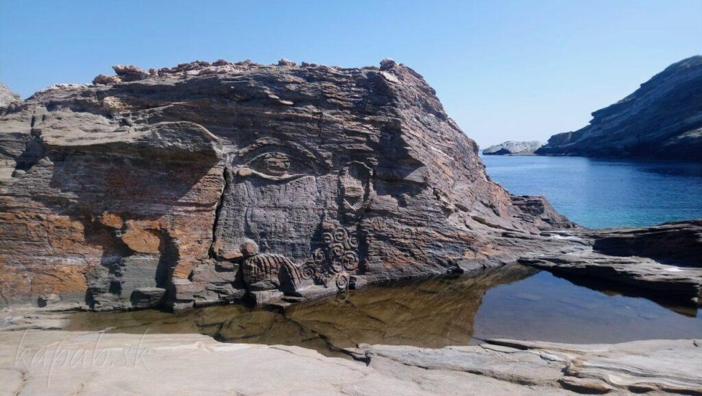 Kavalourko a reliéf boha vetrov Aeolusa