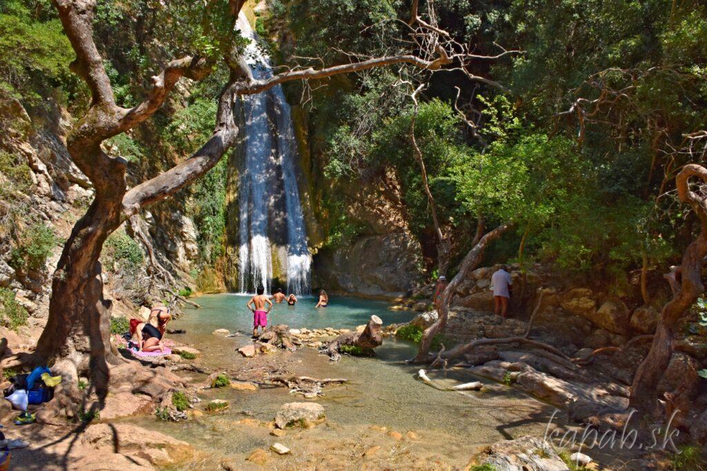 Vodopády Neda
